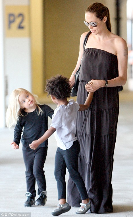 angelina jolie daughter. Angelina Jolie and daughters,