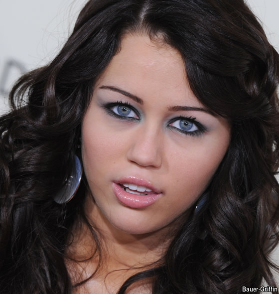 miley cyrus nude photo gallery