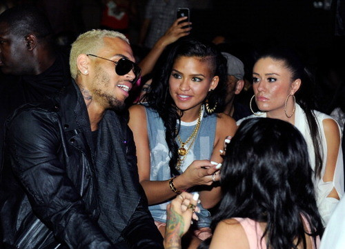 cassie chris brown dating Chris brown posted this long message it's been rumored that diddy punched drake in liv in miami over the weekend after he kept flirting with his girlfriend, cassie.