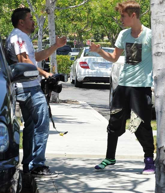 photographer u0026 39 s assault complaint against justin bieber
