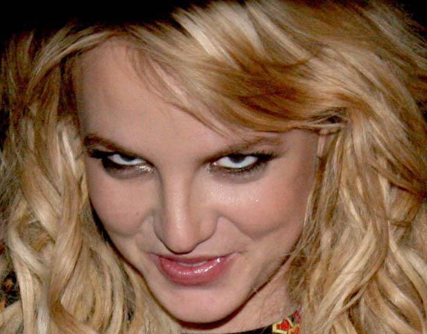 Britney_Spears_evil_look.jpg