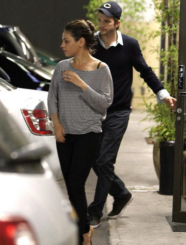 Ashton kutcher and mila kunis hookup for how long