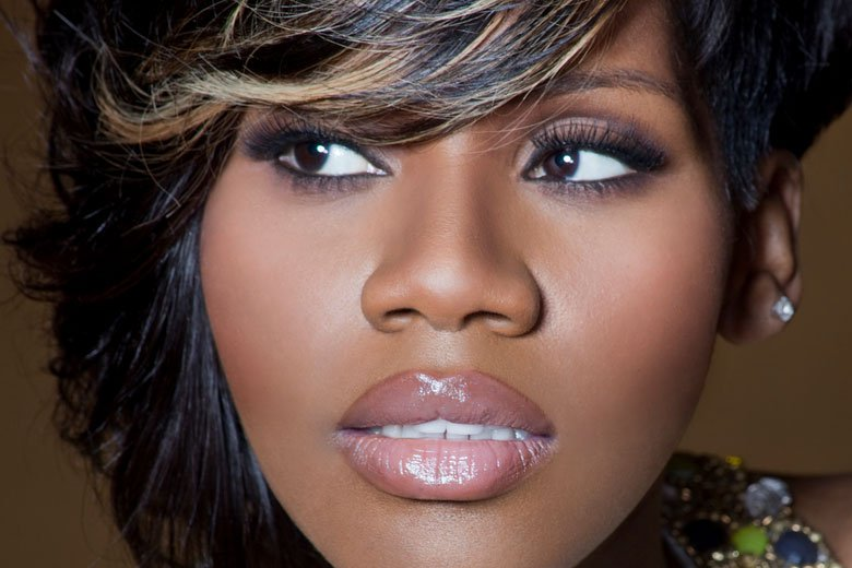 Kelly Price Files For Divorce From Cheating Husband